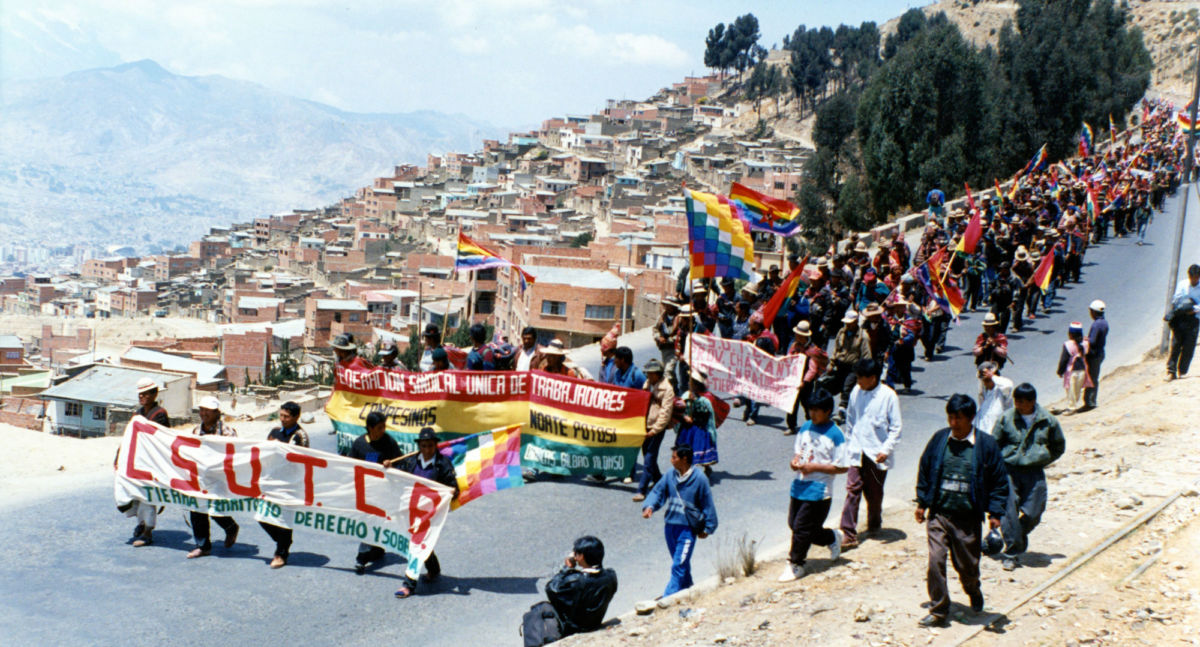 The Indigenous March for Land and Territory enters La Paz from El Alto, Bolivia, on September 26, 1996, crossing the same terrain Túpac Katari's army used to seize La Paz in 1781. The march began among Indigenous communities in the eastern lowlands of the country and grew in size as it reached La Paz.