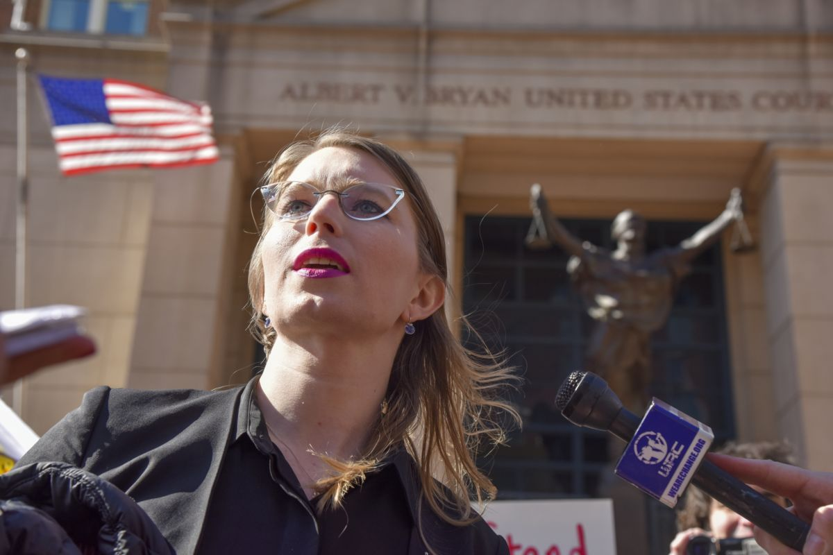Chelsea Manning speaks to the press