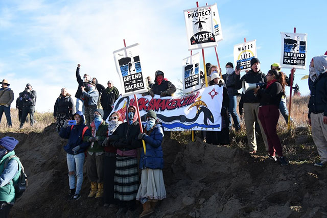 Activists protest against the Dakota Access pipeline at the Standing Rock Camp near Cannon Ball, North Dakota, on October 10, 2016. (Photo: Ellen Davidson)