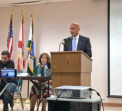 Tim Canova moderates a Sabal Trail pipeline forum in Hollywood, Florida, on May 23, 2017. Cecile Scofield, an expert on liquid natural gas facilities, also presented. (Photo: Geoff Campbell)