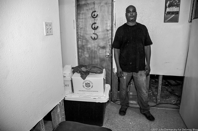 Jo Woodson in his apartment in the Prince Hall housing complex in Port Arthur Texas, October 13, 2017. (Photo: Julie Dermansky)